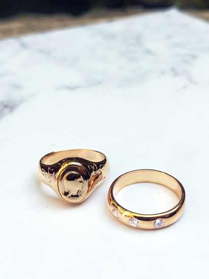 Mary Signet Ring